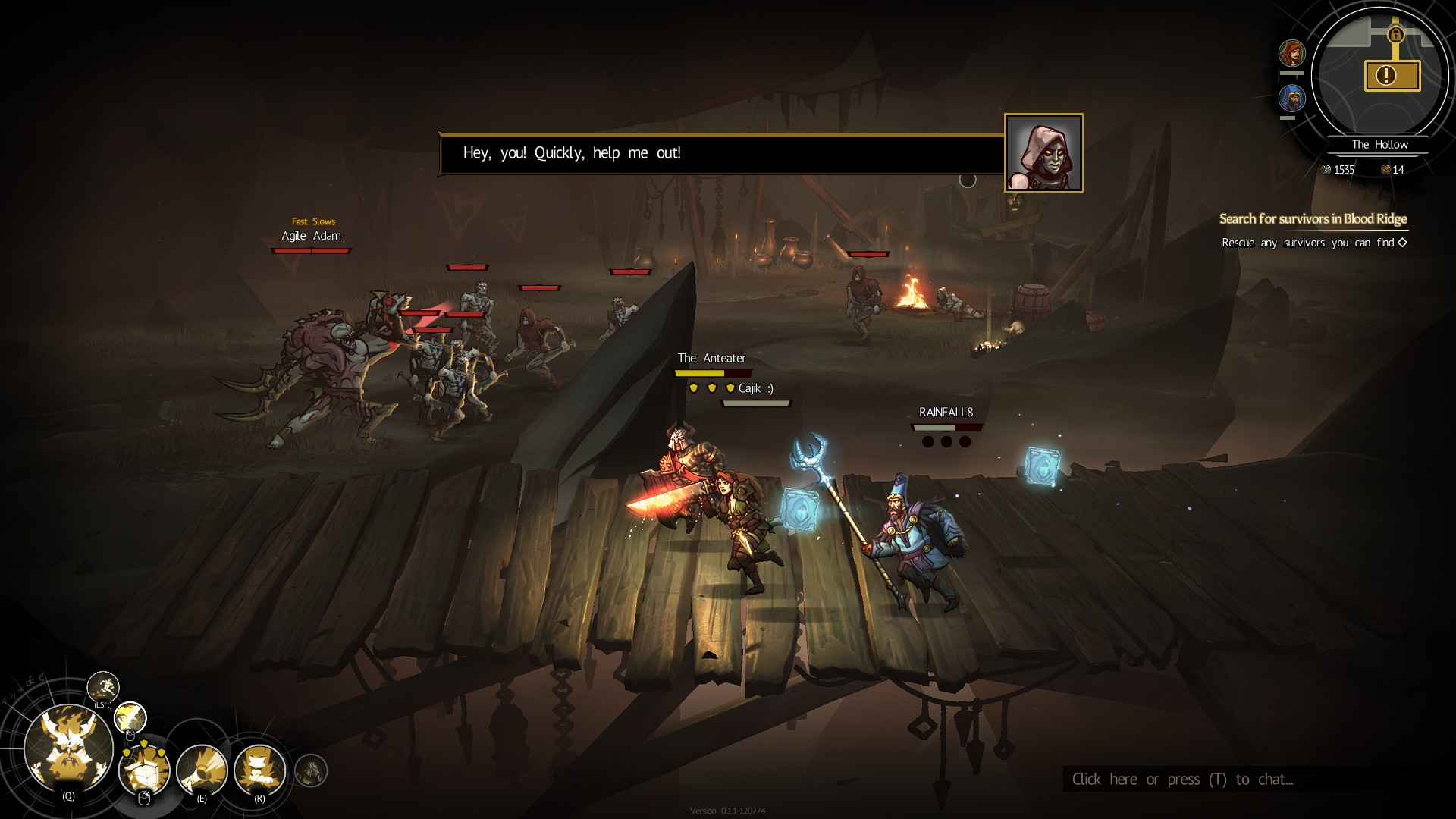 Tres jugadores corren a la izquierda por un puente de madera.  A lo lejos, alguien pide ayuda, amenazado por una docena de monstruos.