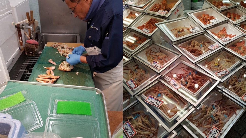 Montaje fotográfico: un hombre prepara hábilmente el cangrejo en una imagen, mientras que en la otra se apilan cajas de deliciosos cangrejos.